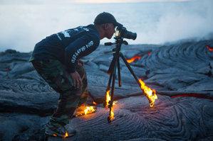 为他们点个赞吧!瞧瞧这些蛮拼的摄影师!